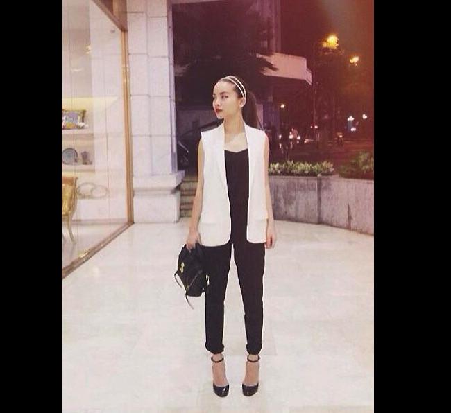 Yến Trang luôn bắt kịp xu hướng ăn mặc