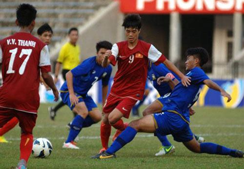 """Xem """"lính"""" bầu Đức """"hành hạ"""" U19 Malaysia - 1"""