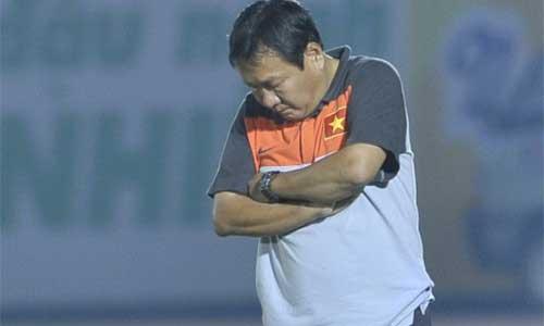 Nóng: HLV Hoàng Văn Phúc xin từ chức - 1