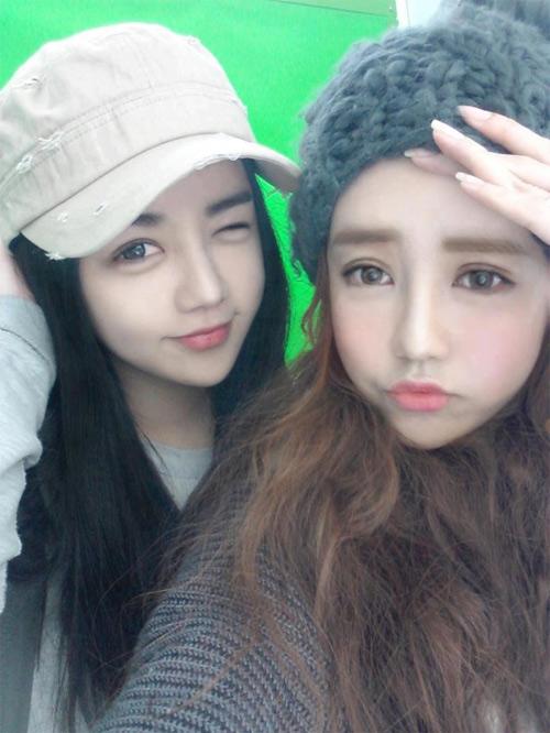 Mặt mộc của búp bê Hàn Quốc Lee Hee Kyung và Soo Bin - 1