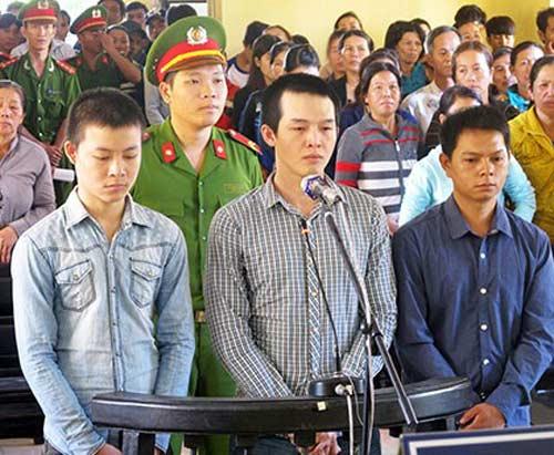 Công an viên đánh chết học sinh bị phạt 6 năm 9 tháng tù - 1
