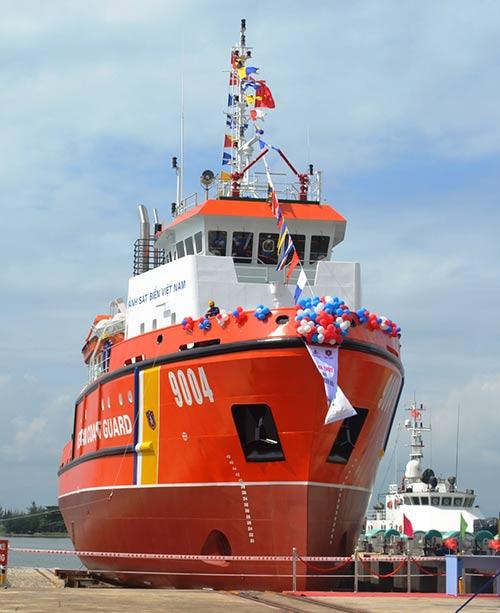 Cận cảnh tàu cứu hộ hiện đại nhất của Cảnh sát biển VN - 1