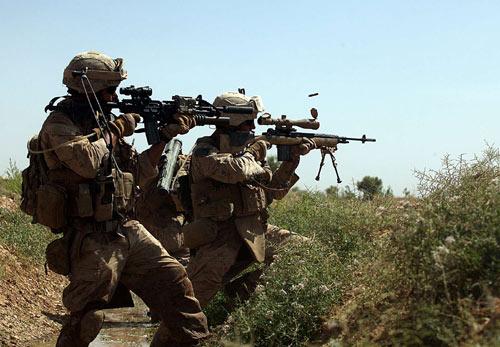 Đặc nhiệm Anh tiêu diệt 8 chiến binh IS mỗi ngày - 1