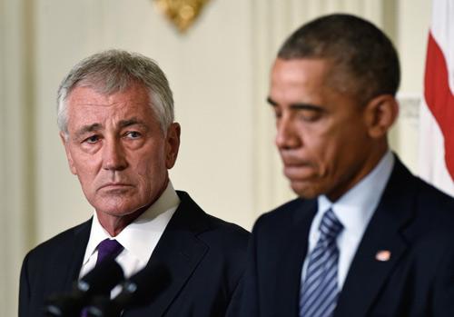 """Vì sao Obama bất ngờ """"thay tướng"""" Lầu Năm Góc? - 1"""