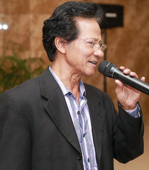 Chế Linh: Tôi từng rất run khi song ca với Phi Nhung - 1