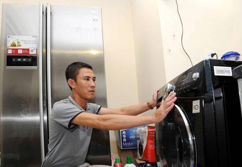 Máy giặt sấy - giải pháp cho các gia đình mùa ẩm ướt - 1
