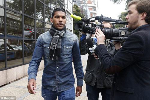 Hành hung Motta, SAO Ligue 1 đối mặt với án tù - 1