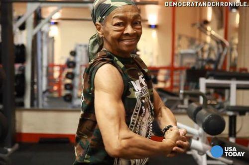 Video: Cụ già 77 tuổi nâng tạ 90 kg - 1