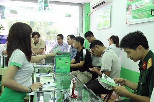 Khách hàng nên tạm dừng mua điện thoại - 1