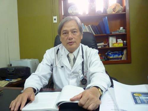 Việt kiều nhập viện vì phổi tràn ngập sán - 1