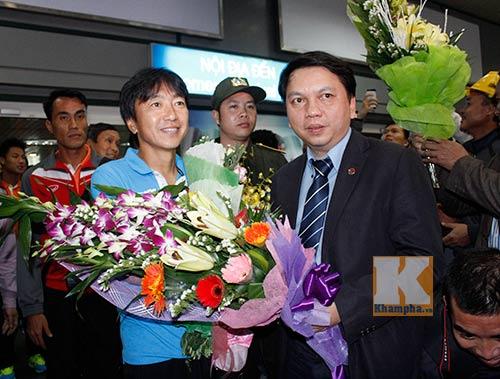 """HLV Miura tiết lộ bí quyết ĐT Việt Nam """"hạ"""" người Mã - 1"""