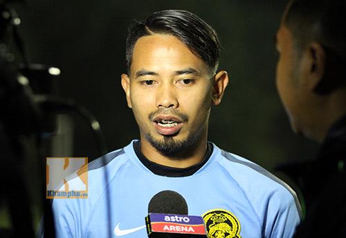 Cầu thủ Malaysia chơi xấu xin lỗi hậu vệ tuyển Việt Nam - 1
