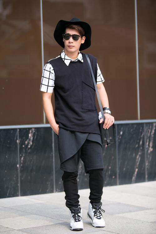Stylist của Minh Hằng gợi ý mặc tối giản với trắng đen - 1