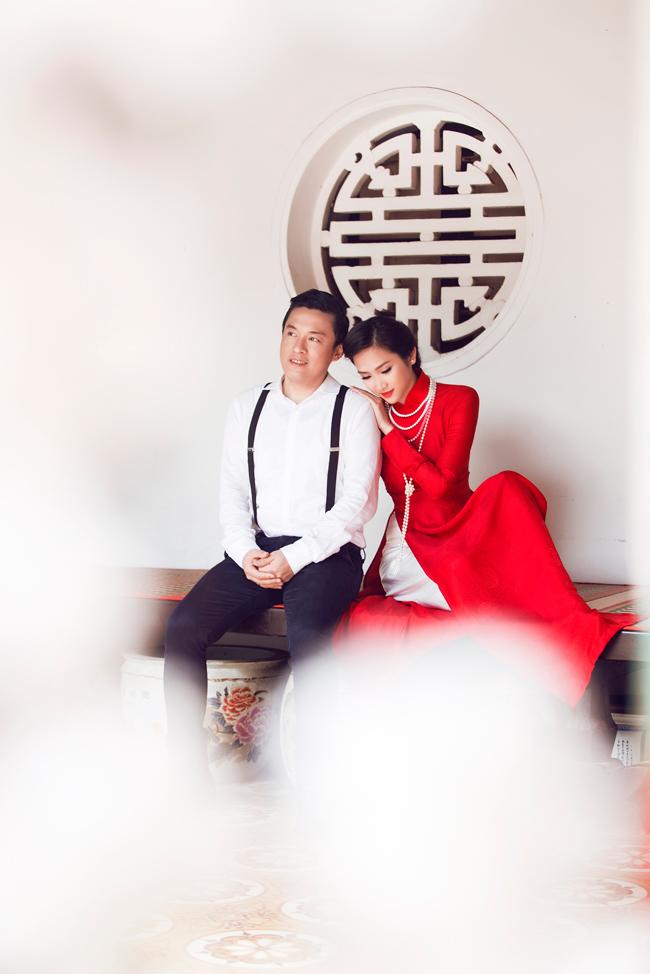 """Ngày 27/11 """"Anh Hai"""" Lam Trường chính thức rước cô dâu xinh đẹp Yến Phương về dinh."""