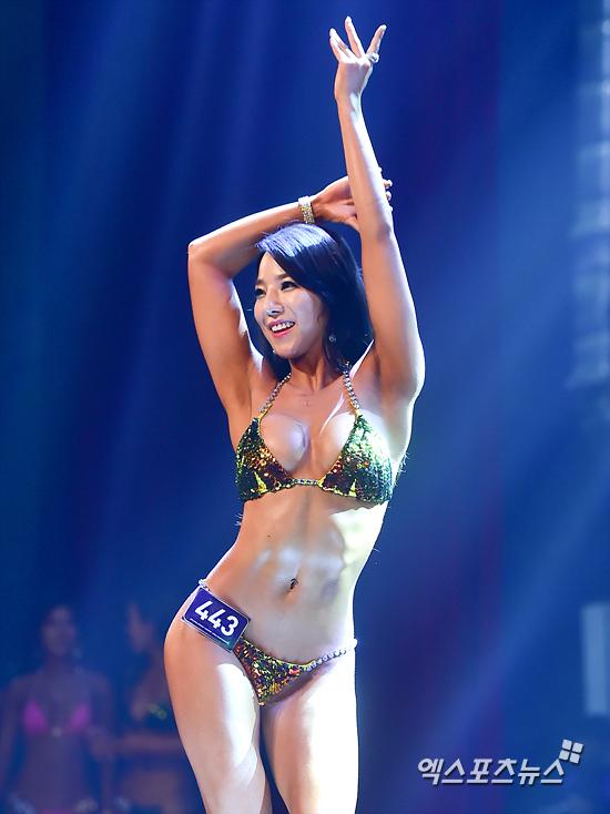 Hot girl có thân hình bốc lửa nhất Hàn Quốc - 1