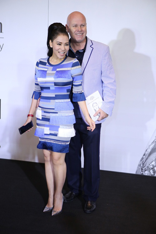 Váy hot nhất tuần: Hàng hiệu 100 triệu của Thu Minh - 1