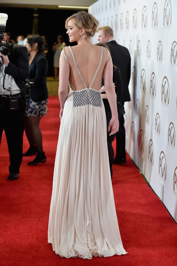 Jennifer Lawrence kiếm tiền nhiều, mặc siêu đơn giản - 1