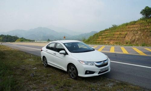 Điểm danh ba chiếc sedan hấp dẫn thị trường Việt - 1