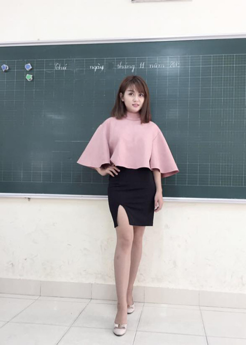 """""""Cô giáo mặc váy ngắn"""" khẳng định sẽ duy trì sở thích - 1"""