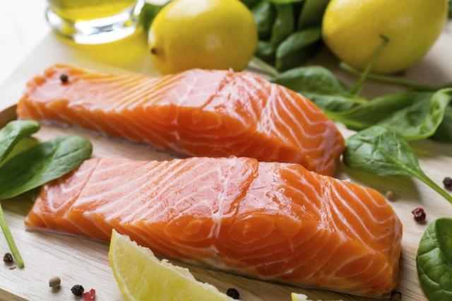 Cá hồi nướng cam nóng hổi đưa cơm ngày lạnh - 1