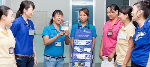 Chăm sóc sức khỏe sinh sản cho nữ công nhân - 1