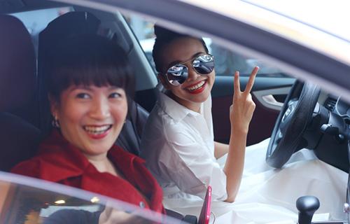 Thanh Hằng hộ tống vợ Bình Minh đi sự kiện - 1