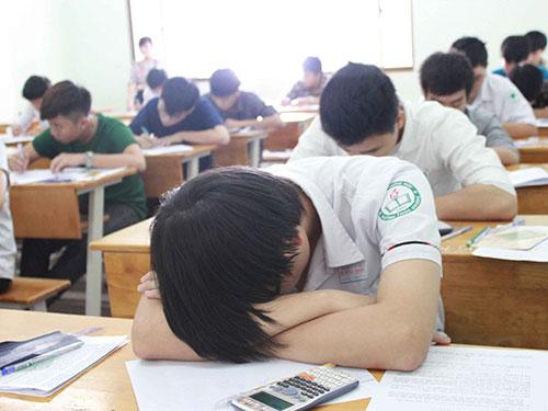 Sinh viên bị đuổi học nhiều, do đâu? - 1