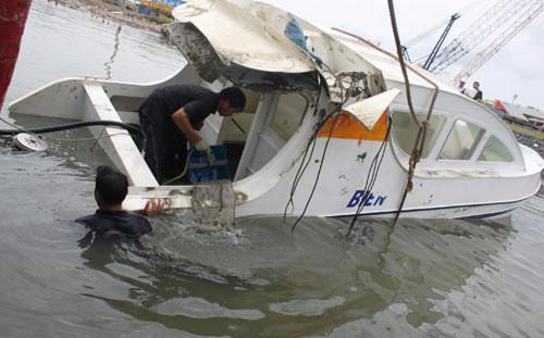 Chìm canô làm chết 9 người: Đã có kết luận giám định - 1
