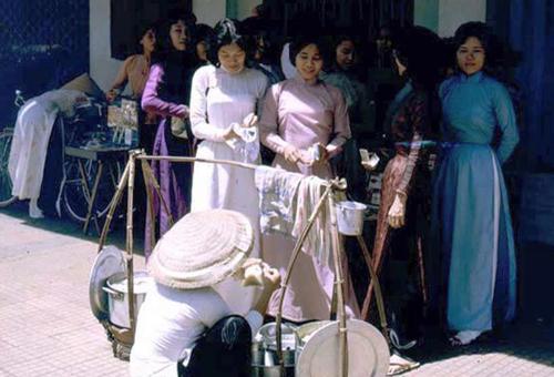 """Sài Gòn xưa và những kiểu mốt """"40 năm vẫn mặc tốt"""" - 3"""