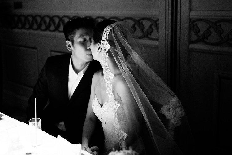 Diễm Trang đẹp lộng lẫy trong tiệc cưới sang trọng - 14