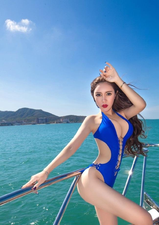 Vương Tương Viên, sinh ngày 25/7/1994, là hoa khôi trường Đại học sư phạm Liêu Ninh, Trung Quốc, đồng thời cũng là một hot girl đình đám trên mạng xã hộiTrung Quốcvới hơn 200.000 theo dõi trên trang cá nhân.