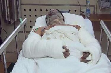 Anh chàng số đen nhất TQ: Đánh bom tự sát cũng không chết - 1