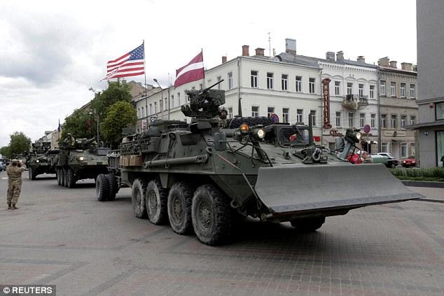 """Nga dễ dàng """"đè bẹp"""" NATO ở Đông Âu trong 60 giờ? - 3"""