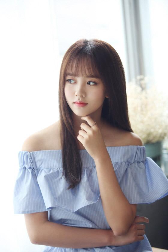 """Vẻ đẹp trong sáng của """"ma nữ"""" xinh đẹp nhất màn ảnh Hàn - 11"""