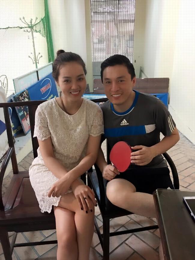 Ngọc Hà thân thiết bên ca sĩ Lam Trường.