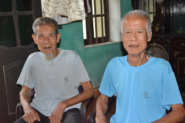 """Những điều """"lạ"""" về cặp song sinh gần trăm tuổi ở Hải Dương - 1"""