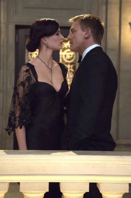 """Những khoảnh khắc đáng giá nghìn tỷ của """"điệp viên 007"""" - 1"""