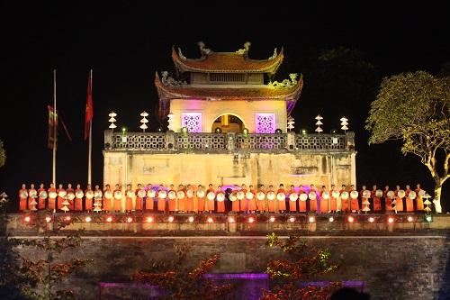 Nghệ sĩ, giai nhân Việt rạng rỡ trảy hội áo dài Hà Nội - 1