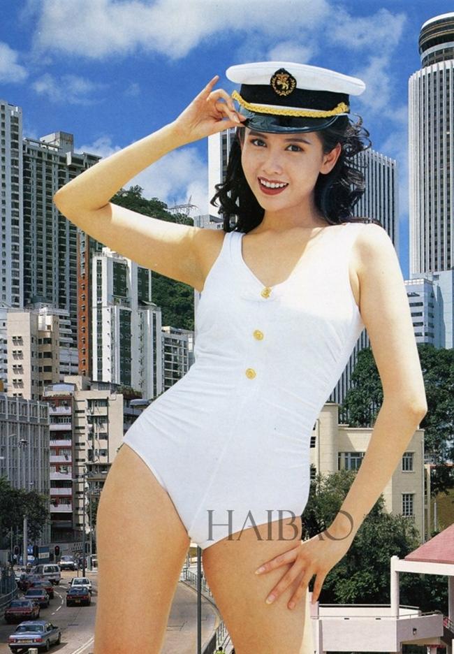 """Nhờ tham gia nhiều cảnh nóng táo bạo mà Khâu Thục Trinh được mệnh danh là """"nữ thần tình dục"""" của làng điện ảnh Hong Kong."""