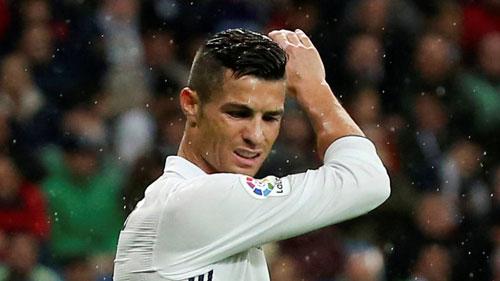Máy ghi bàn Ronaldo trục trặc: Chưa bao giờ tệ đến thế - 1