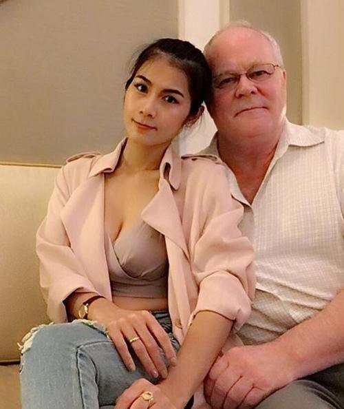 Fan tiếc ngẩn người khi mỹ nhân phim 18+ Thái lấy chồng 70 tuổi - 1