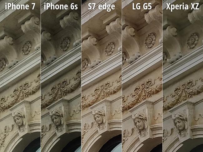Ở bức hình đầu tiên chụp căn biệt thự, điện thoại thông minh Galaxy S7 edge được chấm 8.5 điểm; iPhone 7 đạt 8.0 điểm; LG G5 đạt 8.0 điểm; Sony Xperia XZ đạt 6.0 điểm; và iPhone 6s chỉ đạt 5.0 điểm.