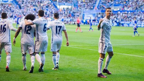 """Legia - Real Madrid: """"Cuồng phong trắng"""" kéo tới - 1"""