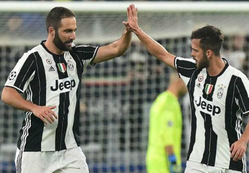 Juventus - Lyon: Rơi điểm đáng tiếc - 1