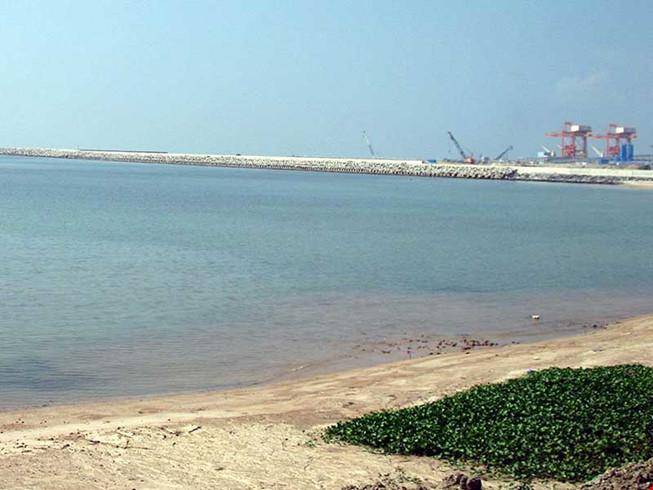 Đổ 1,5 triệu m3 chất thải vào biển Bình Thuận? - 1