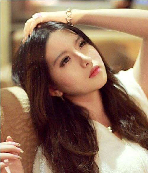 Hot girl Cần Thơ được báo Trung ví như Lưu Diệc Phi - 1