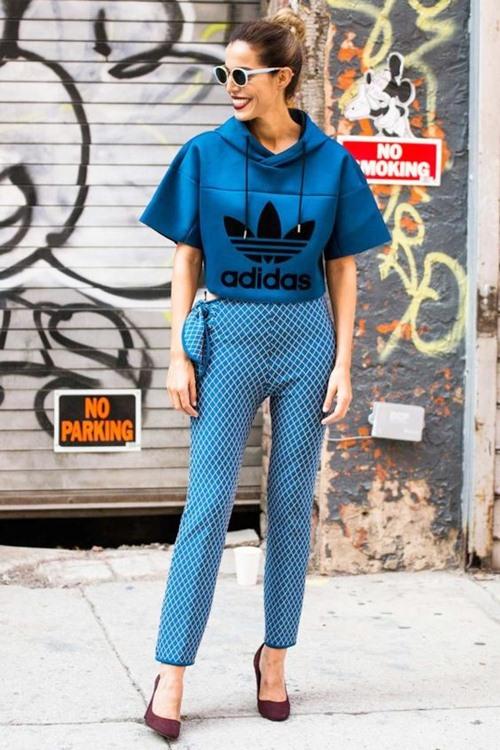 5 cách mặc áo hoodie cần nạp ngay vào từ điển thời trang - 1