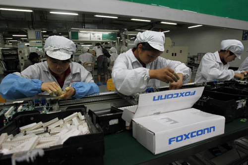 Nhân viên Foxconn trộm gần 6.000 chiếc iPhone - 1
