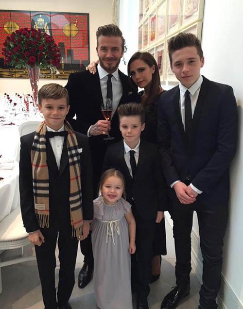 """Choáng với khối tài sản của nhà Beckham còn """"khủng"""" hơn cả nữ hoàng Anh - 1"""