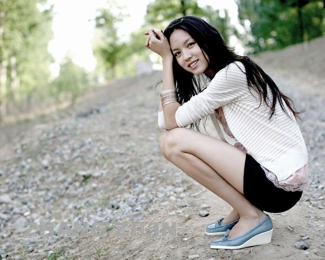 Cuối năm 2013, Trương Tử Lâm khiến khán giả xuýt xoa khi vào vai vị nữ thần huyền thoại Nữ Oa nương nương trong bộ phim tếtMonkey King (Đại náo thiên cung).